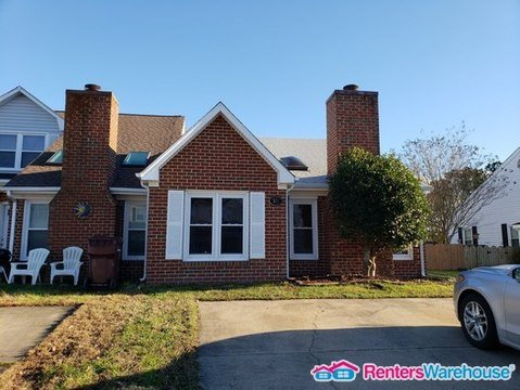 property_image - Townhouse for rent in CHESAPEAKE, VA